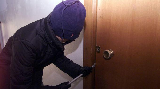 Roma-Contro i ladri di appartamento l'offensiva dei Carabinieri