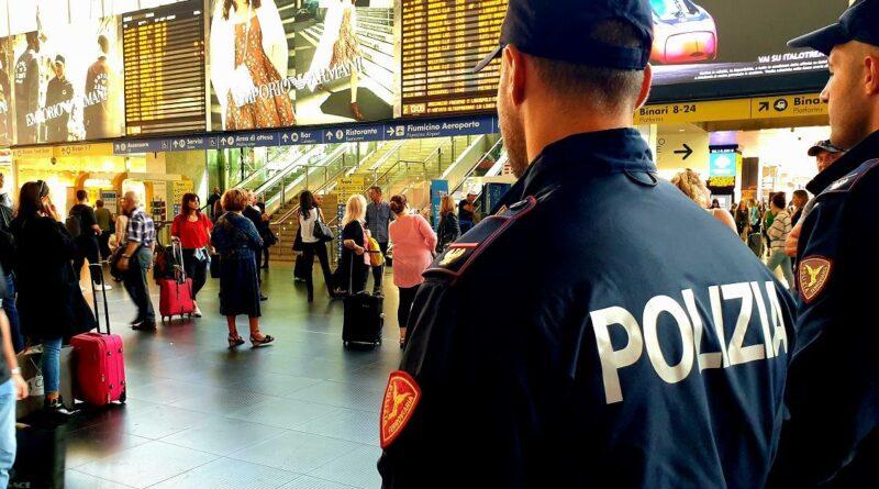 Controlli della Polizia di Stato nelle stazioni ferroviarie del Lazio.
