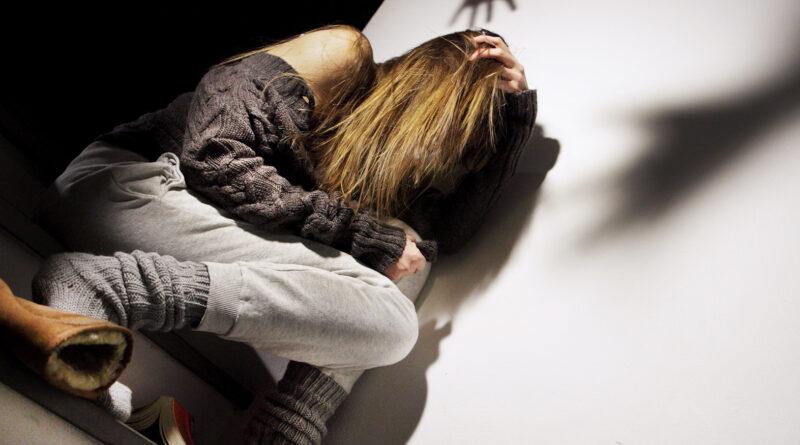 Velletri: Tre fermi per aggressione di gruppo e tentata violenza sessuale.