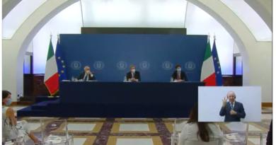 Incontro con la stampa dei Ministri Bianchi, Speranza e Giovannini.